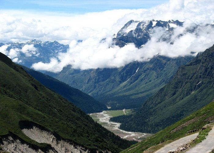 yumthang-valley-sikkim
