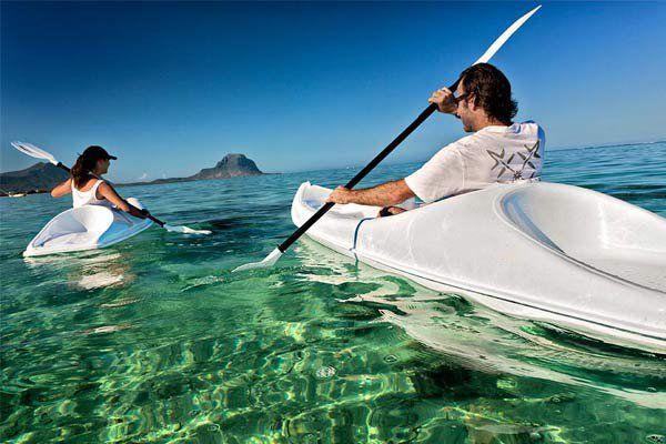 Sea-Kayaking-Amber-Island