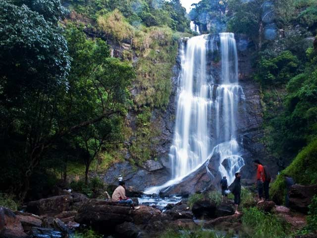 hebbe Falls: offbeat places to visit in karnataka