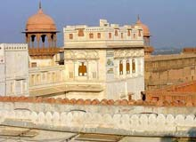 Experience The Deserts of Rajasthan