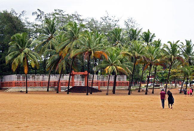 Photo Gallery of Miramar Beach Goa- Explore Miramar Beach