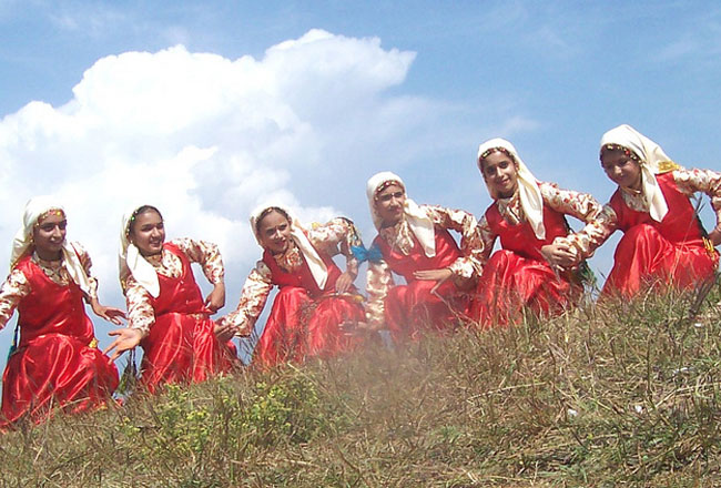 Photo Gallery Of Nati Folk Dance Explore Nati Folk Dance With Special Attractive Real Pictures
