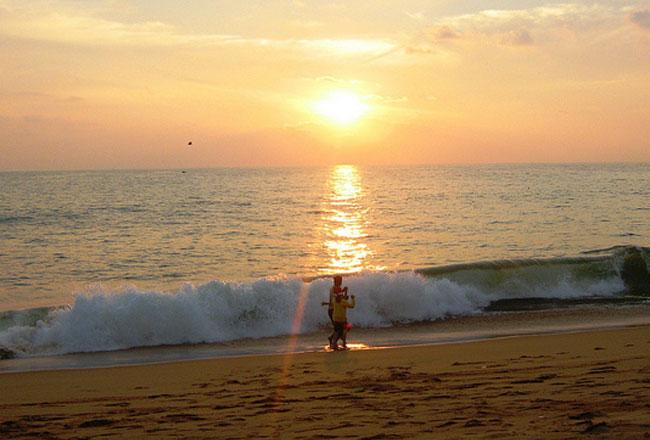 Photo Gallery of Shanghumugham Beach- Explore ...