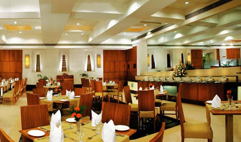 Dining in Fortune Murali Park