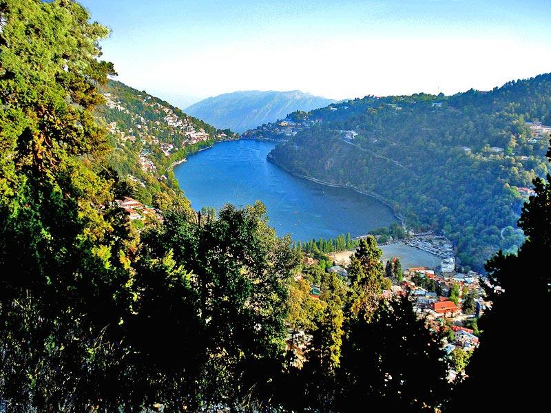 Naini-lake-from-a-vantage-point