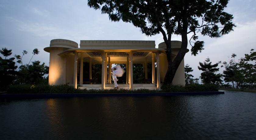 Resort2 in Ananda
