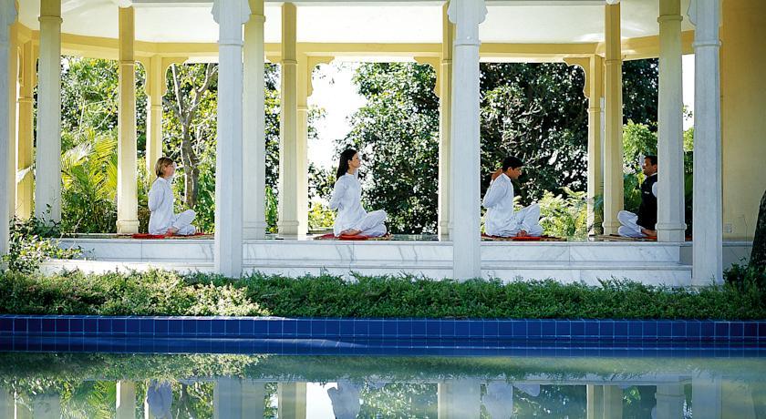 Yoga3 in Ananda