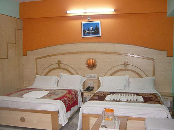 Deluxe-four-Bed