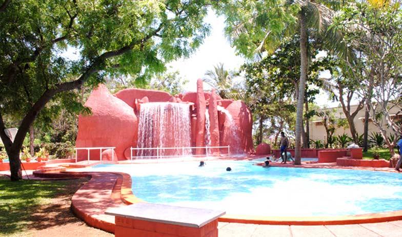 Hotel Buharis Blue Lagoon Chennai - Indian Holiday