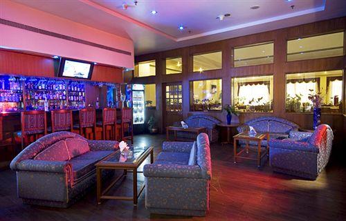 Bar in Capitol Hotel