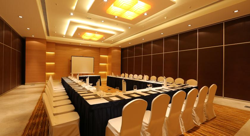 Meeting in Country Inn And Suites By Carlson Mysore