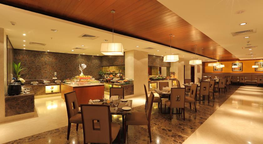 Dining2 Country Inn And Suites By Carlson Mysore
