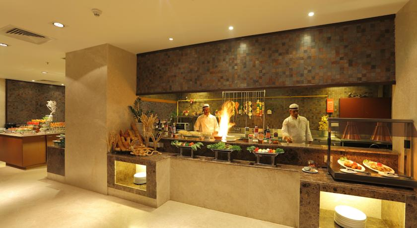 Food in Country Inn And Suites By Carlson Mysore