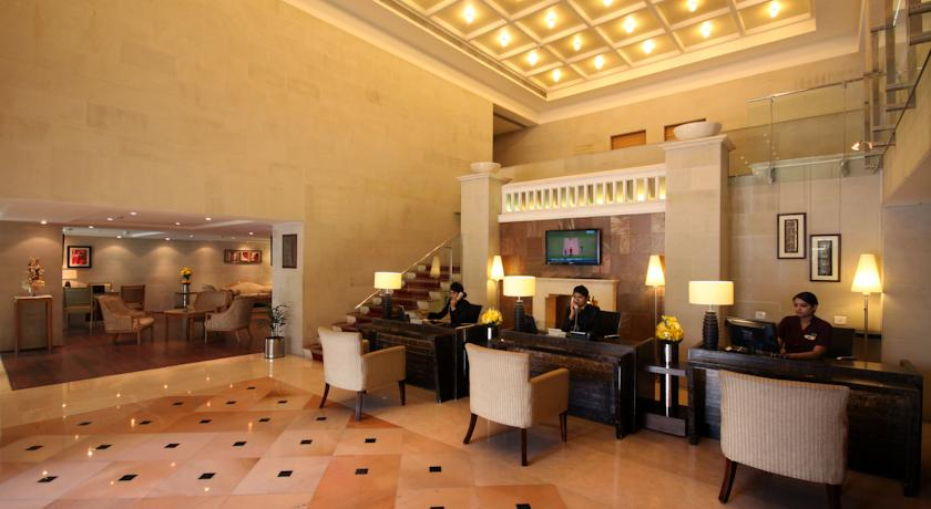 Reception in Hotel Country Inn & Suites