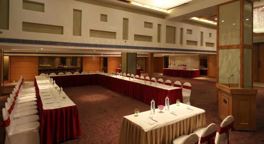 Meeting in Hotel Country Inn & Suites