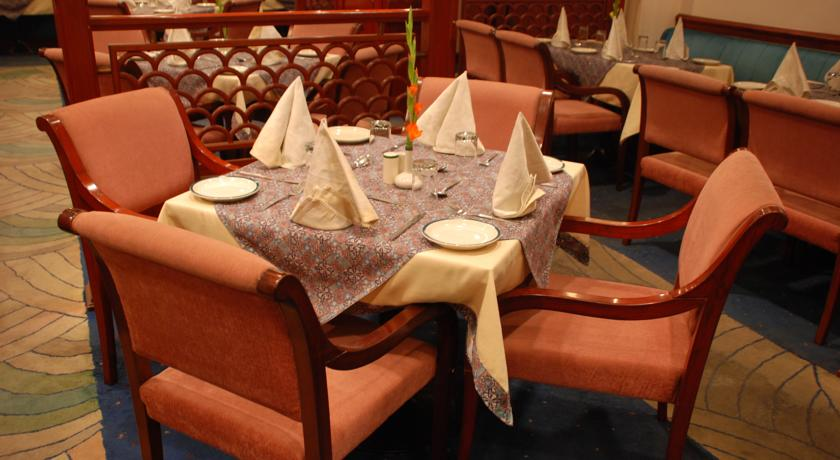 Dining in Crystal Palace, Meerut