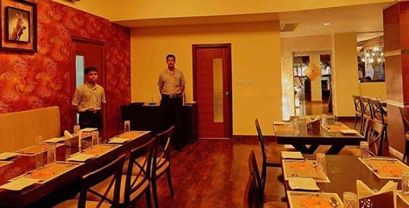 Dining2 in Deshadan Plaza Kochi