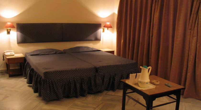 Premium Room in Diamond Hotel