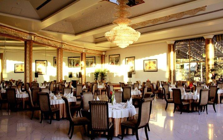 Dining in Hotel East Bourne Resort And Spa