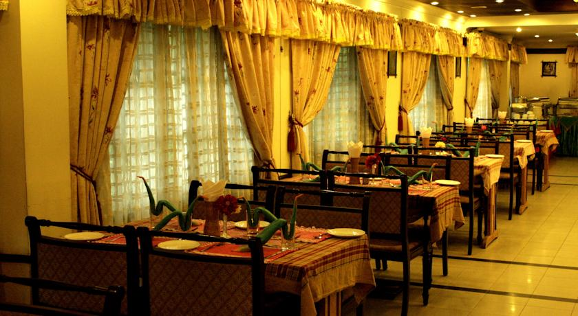 Dining4 in Eastend Munnar