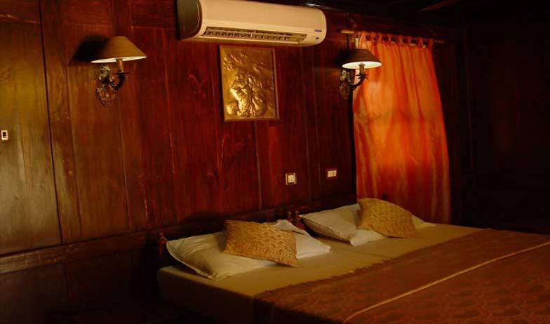 Granary Mini Suite in Emerald Isle Heritage Villa