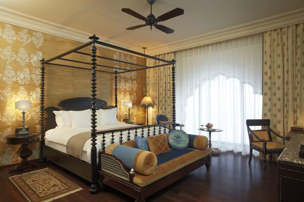 Fairmont Gold Room in Fairmont Jaipur Hotel
