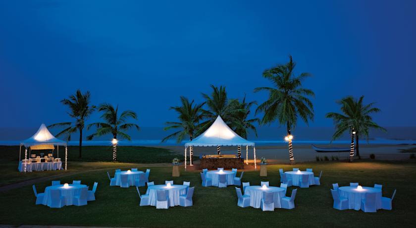 Beach Dining in Vivanta By Taj- Fisherman's Cove Resort