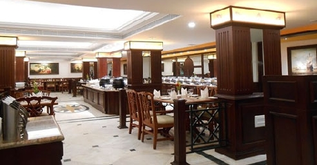 Dining in Fortune Hotel The South Park, Trivandrum