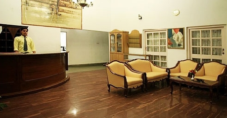 Reception in Glen View Hotel, Pachmarhi