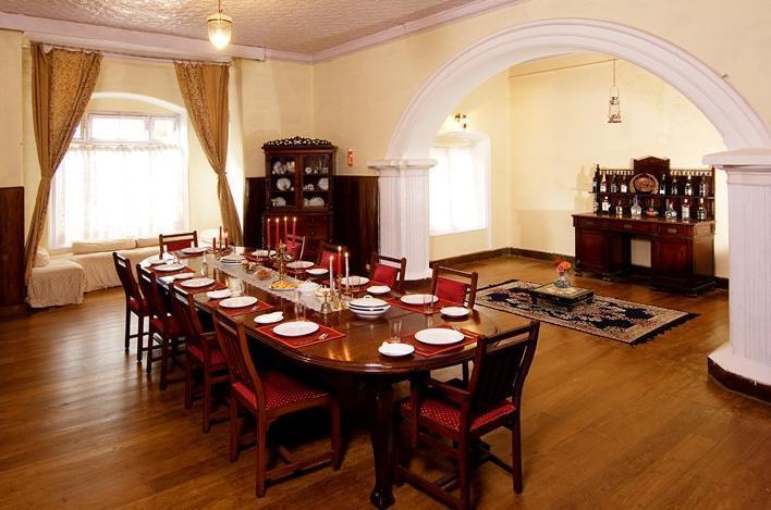 Dining in Glyngarth Villa Hotel Ooty