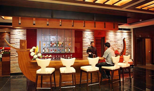 bar in Hotel Godwin Goa