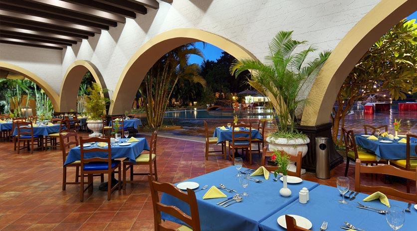 Dining-in-Golden-Palms-Resort-&-Spa