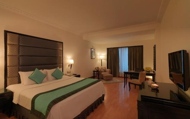 Superior Rooms in Hotel Goldfinch Hotel Bangalore