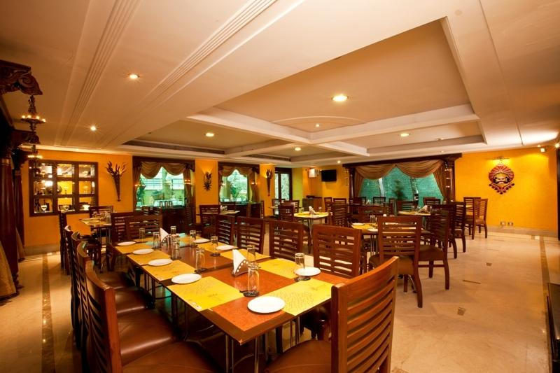 Dining2 in Hotel Goldfinch Hotel Bangalore