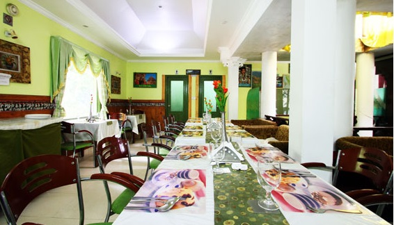 Dining in Great Escapes Resort Munnar
