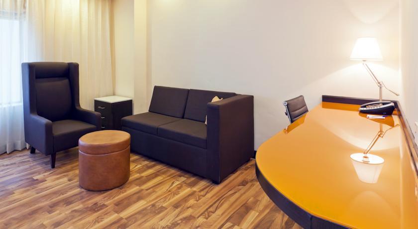 Executive Rooms in Hampton By Hilton Vadodara Alkapuri