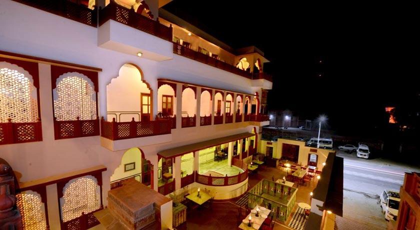 Hotel-Harasar-Haveli