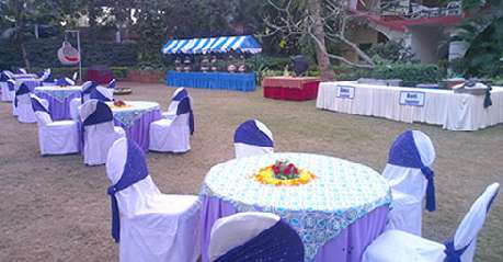 Dining in Hotel Holiday Village Bangalore