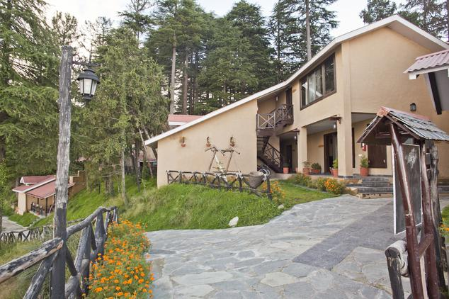 Hotel Aamod2
