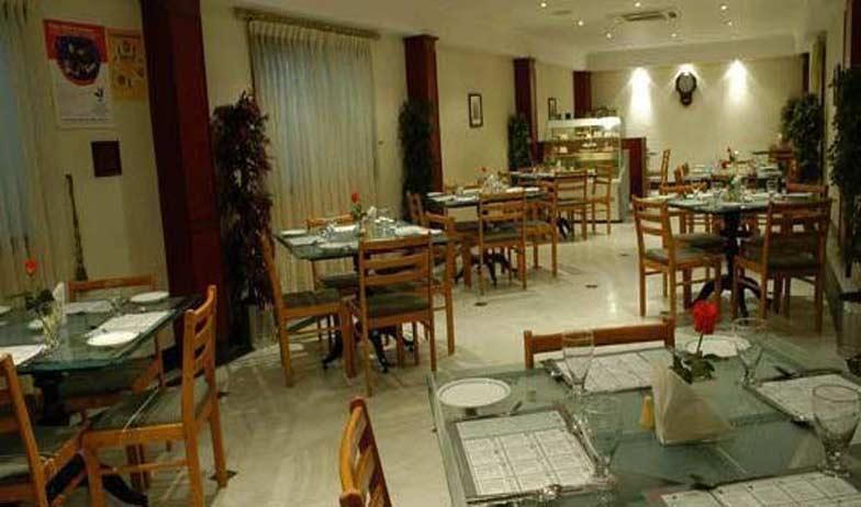 Dining2 in Hotel Alankar Grande