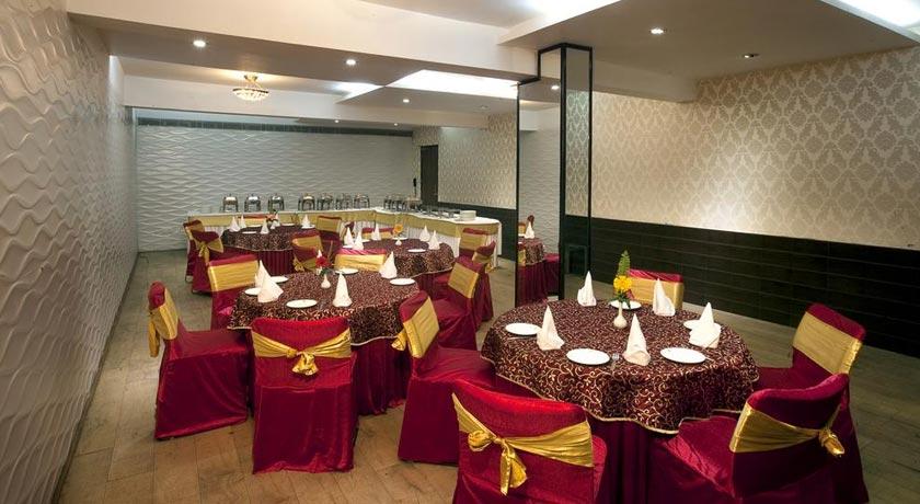 Dining-in-Hotel-Asia-Jammu-Tawi