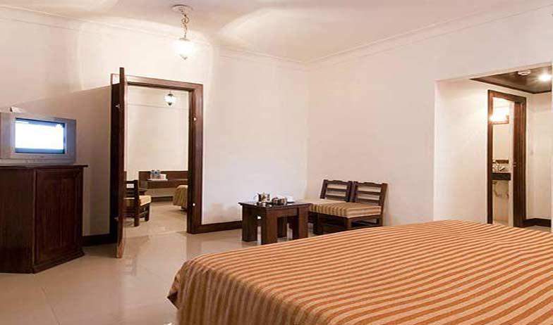 Suite in Hotel Atithi Agra