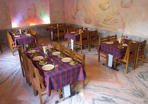 Dining in Hotel Buddha, Varanasi