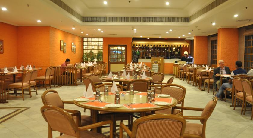 Dining2 in Hotel Clarks Avadh, Lucknow