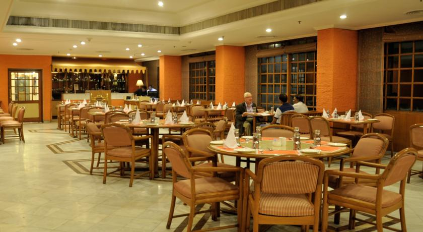 Dining in Hotel Clarks Avadh, Lucknow