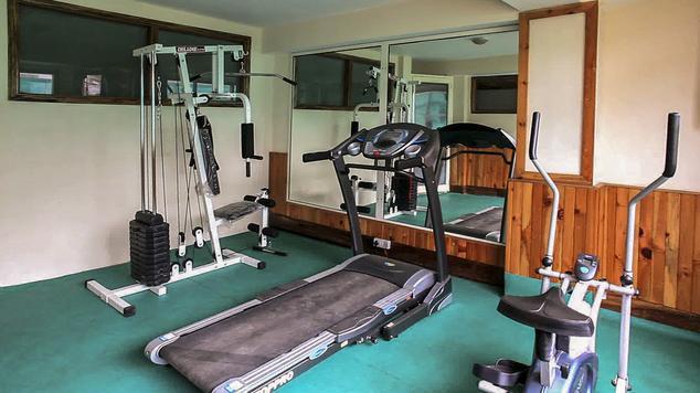 Gym in Hotel Dalhousie Heights