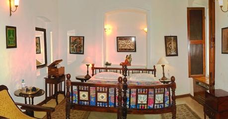 Deluxe Suites in Hotel De L'Orient Pondicherry