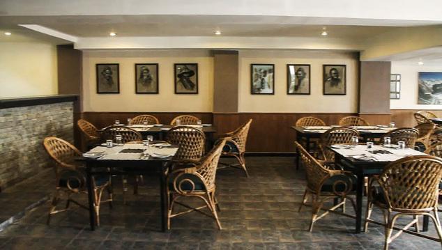 Dining in Hotel Delamere