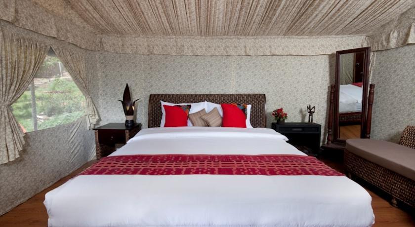 Suite Room in Hotel Fern Creek