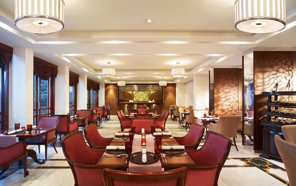 The Gateway Hotel Agra Hotels In Agra